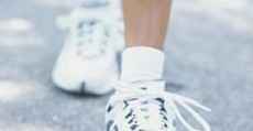 gait reflexes are caused by poor shoes